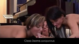 Romantic Guy Made 2 Nice Damsel Wild To Ravage Him In 3some