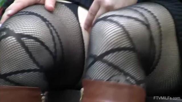 Bootylicious Videos Public Upskirt